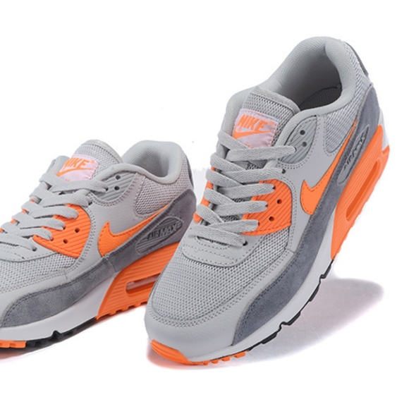 Nike Air Max 90 Essential Women's Shoes 616730 018